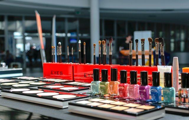 Wat is een manicure? Bij nagelstudio in de lier,?