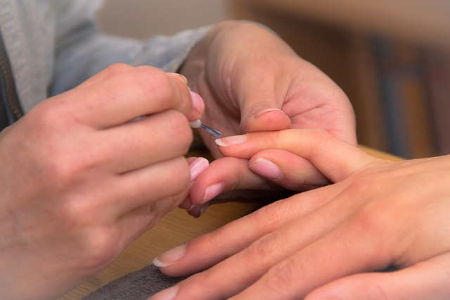 Op zoek naar een nagelstudio in kesteren? Of zonnebank in kesteren?